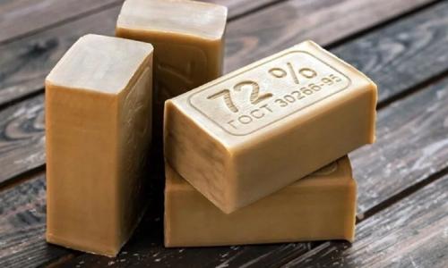 Почему хозяйственным мылом можно пользоваться только в перчатках