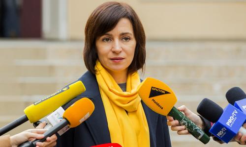 Санду одержала победу на президентских выборах в Молдавии