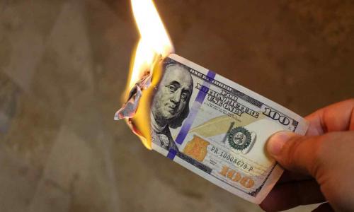 Эксперт рассказал, когда перестанет расти курс доллара