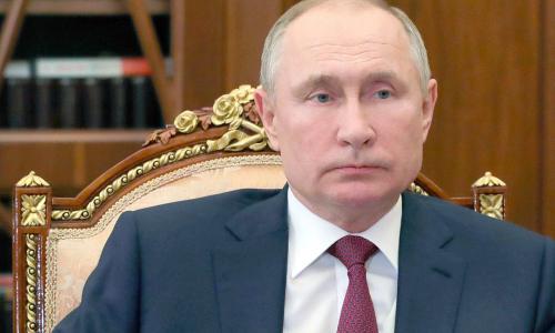 Путин утвердил увеличение штрафов за неповиновение силовикам