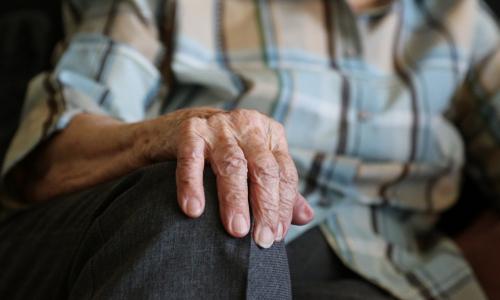 Кабмин ищет источники финансирования индексации пенсий работающим пенсионерам