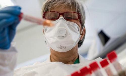 Найден препарат, вдвое снижающий риск смерти при коронавирусе