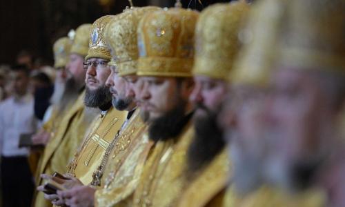 В РПЦ назвали зарплаты священников