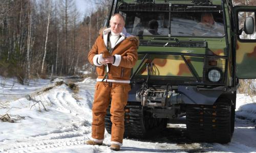 Путин на несколько дней ушел в тайгу с Шойгу