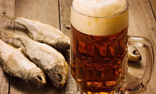 Главный нарколог объяснил, почему пиво особенно опасно для мужчин