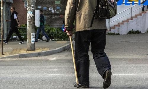 Пенсионеров предупредили об опасности договора дарения жилья