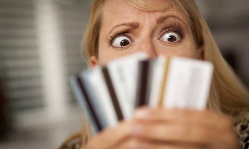 Банки повысили лимит по дебетовым картам с овердрафтом